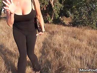 Порно С Двумя 35 Летними Соседками